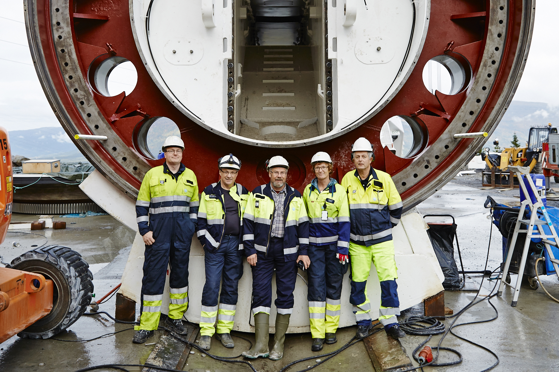 Employees at Røssåga hydropower plant.