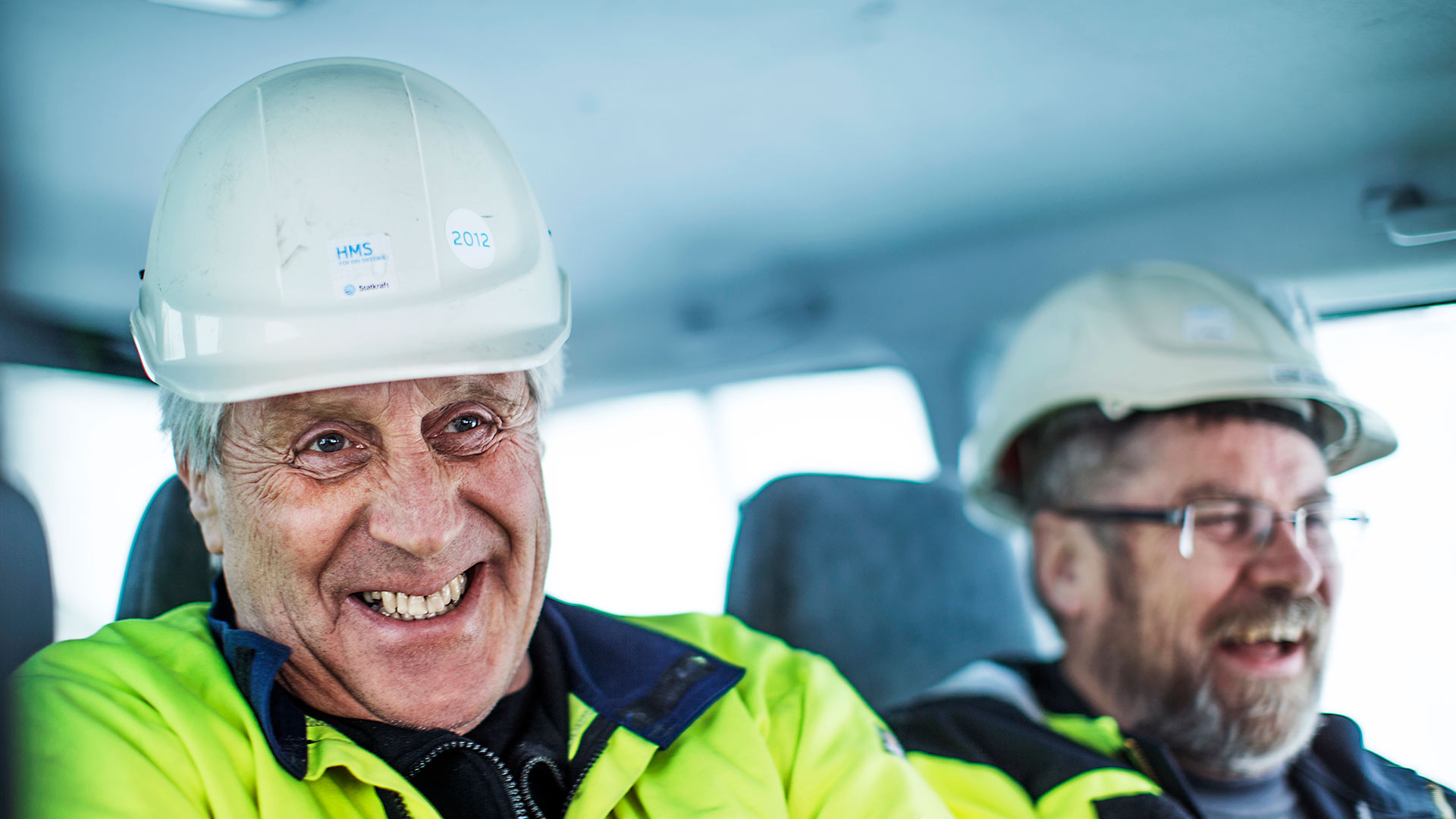 Two happy Statkraft colleagues