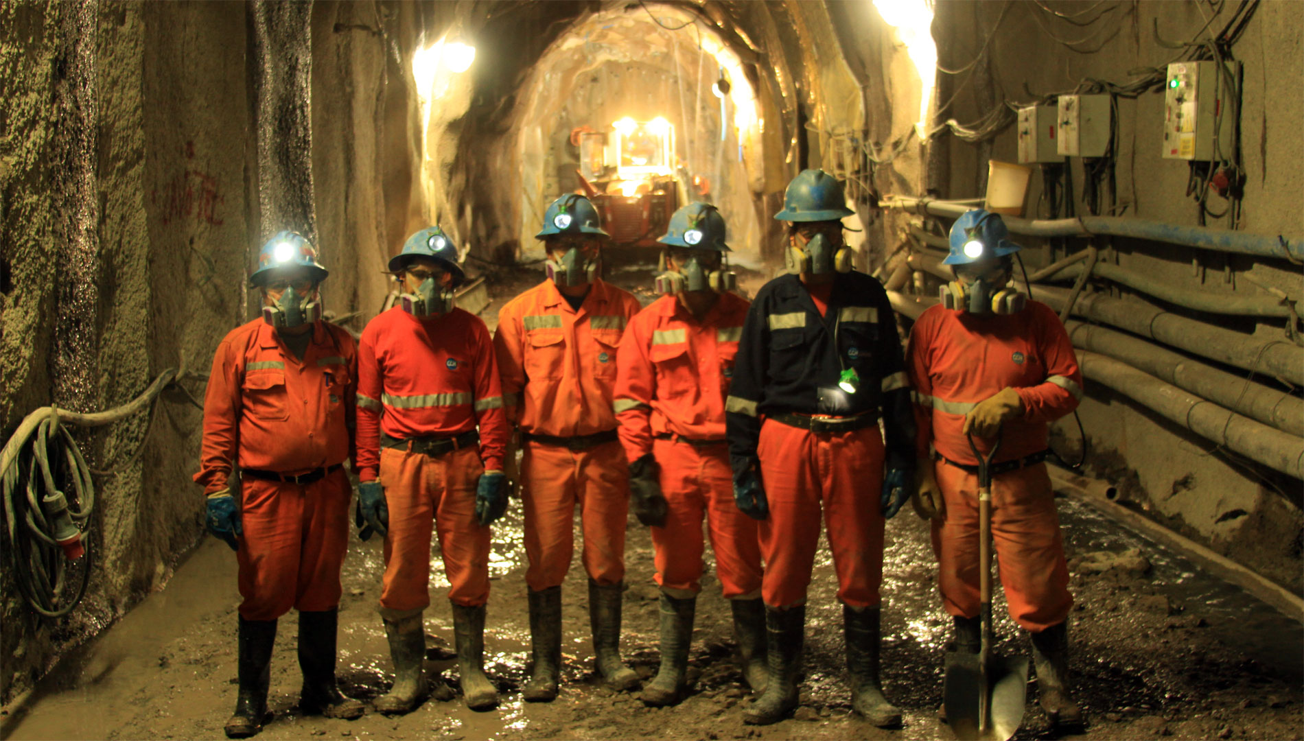 Tunnel workers